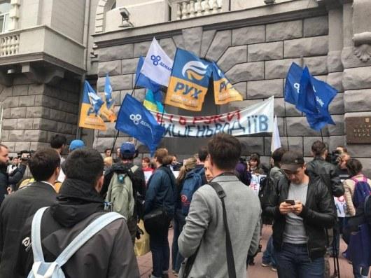 Украинцы соскочили с«иглы» природного газа РФ, однако  подсели насжиженный